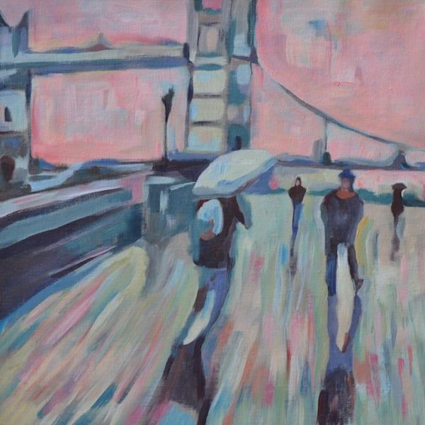 Tower Bridge in pink