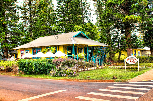 Corner Tourist Bar in Lanai City