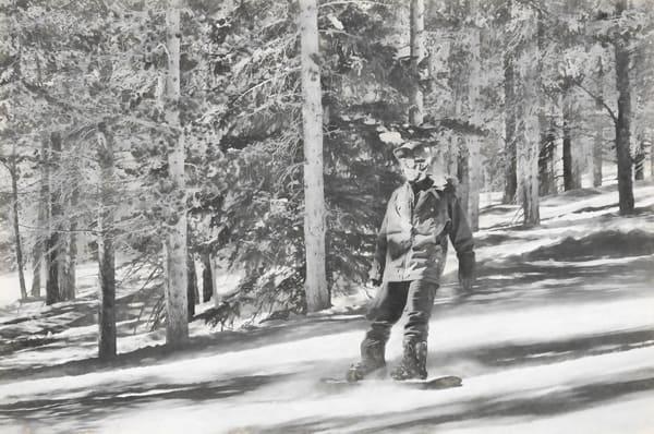 Snowboard Guy BW