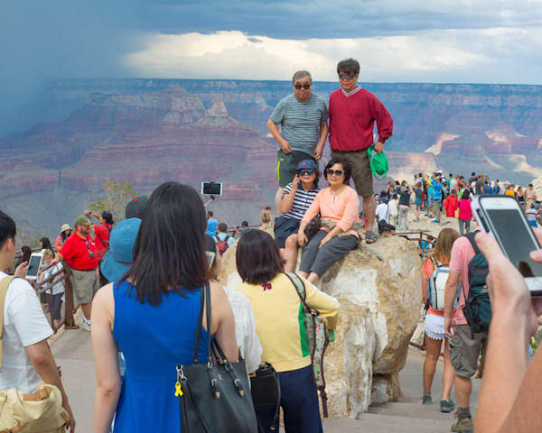 Grand Canyon Tourists