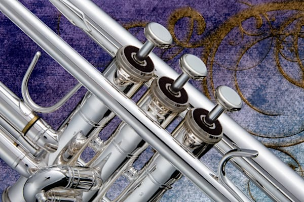 Classic Silver Trumpet In Color 2501.18