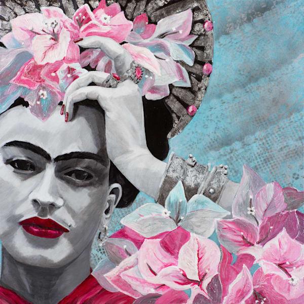 St Frida du Bougainvillier