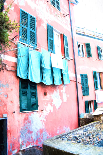 Art photography of Italy,  DSC_5634 Pink House Laundry Line Cinque Terre, Manarola, Italy, VG