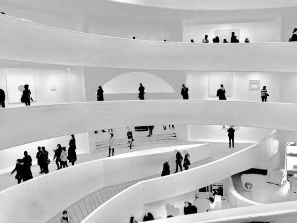 The Guggenheim Crowd Art | ARTHOUSEarts