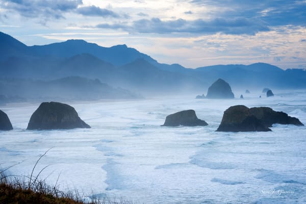 Haystack Cannon Beach (1810142LNND8) Photograph for Sale as Fine Art Print