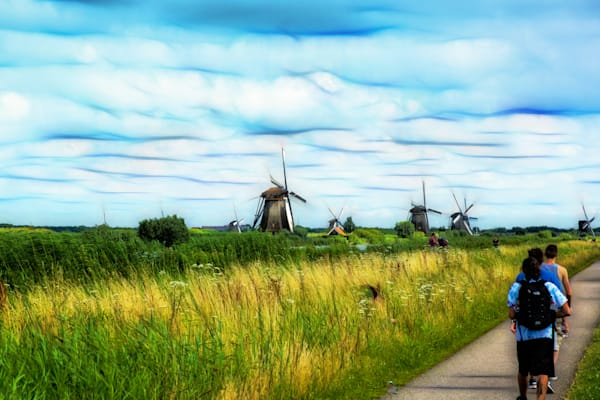 Hiking to the Windmills
