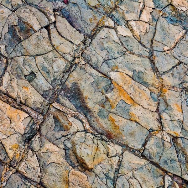 Rock Face | Yellowstone