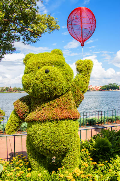 Topiary Winnie the Pooh - Epcot F&G Gallery | William Drew
