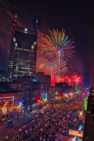 Nashville Broadway Fireworks 2018, Red White and Blue Series #1