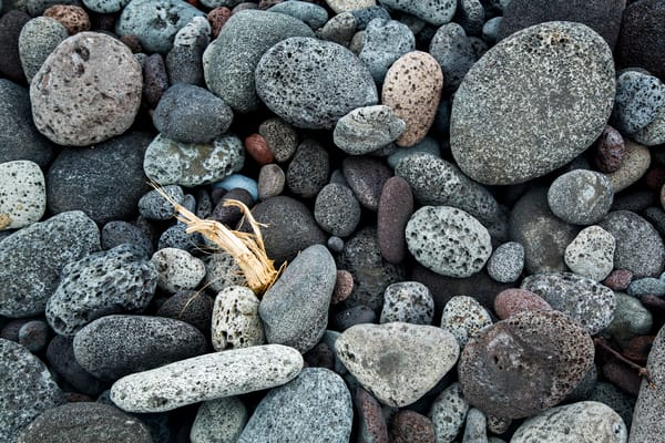 Beach Stone | Hawaii