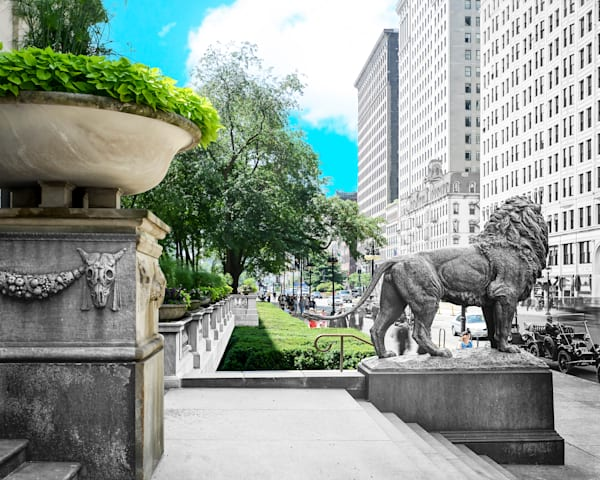 Lion in Front of the Art Institute