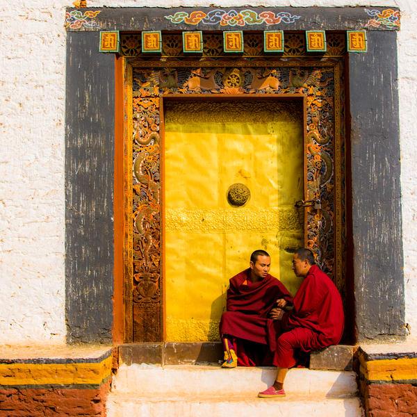 Monks Bhutan 1s