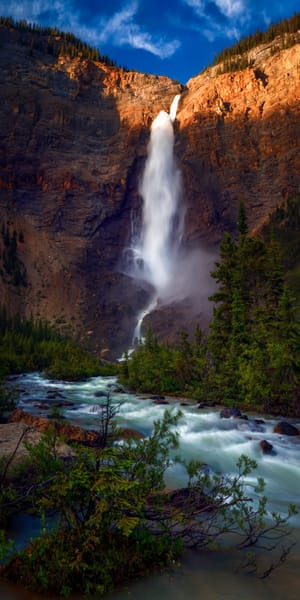 Takakaw Falls. Banff National Park|Canadian Rockies|Rocky Mountains|
