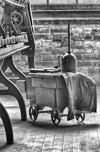 Maintenance Cart With Oil Can