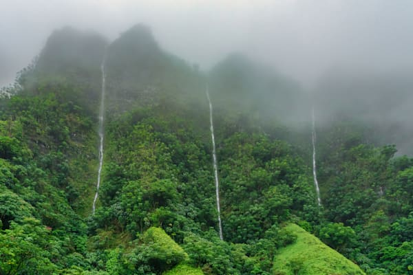 Hawaii Nature Photography | Tears of the Ko'olaus by Peter Tang