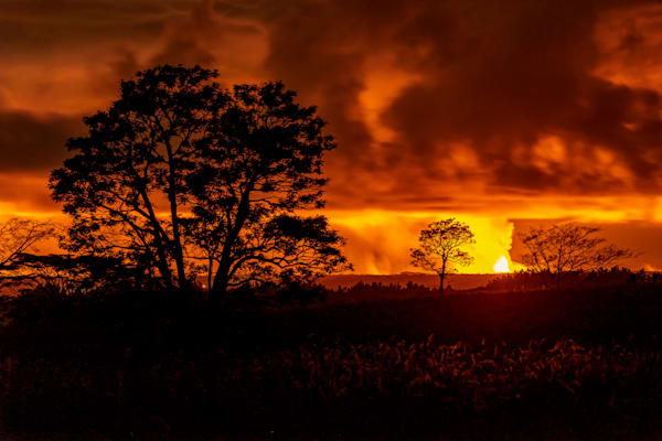 Lava Photography | Pele's Night Glow by Peter Tang