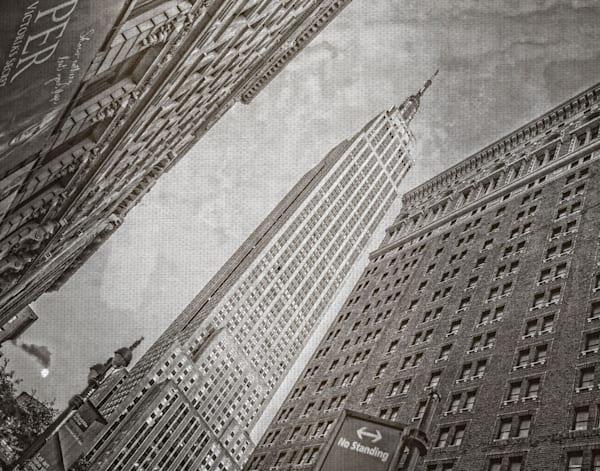 Empire State Building by artist Lillis Werder Canvas Art Print