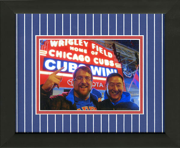 Chicago red and blue pinstripe mat 5x7 photo frame