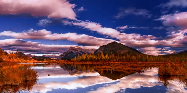 Banff' Vermillion Lakes in the Fall. |banff|Banff National Park|Canadian Rockies|