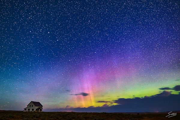 All Alone with the Aurora - Montana