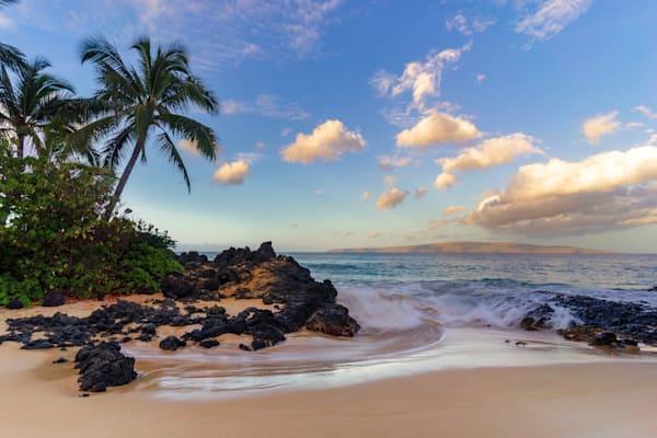 Hawaii Beach Photography | A Secret Beach by Peter Tang