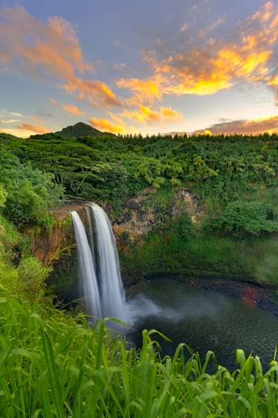 Hawaii Nature Photography | Wailua Falls by Peter Tang