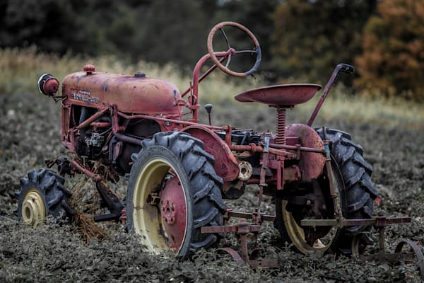 Old Tractor Art | Roost Studios, Inc.