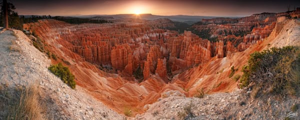 Sunrise at Bryce Canyon - Bryce Canyon National Park
