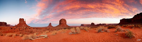 Monument Valley Sunset - Arizona/Utah