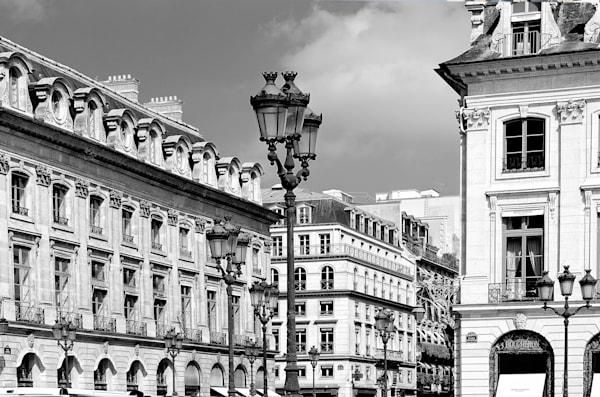Swanky Street, Paris
