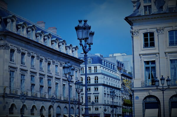Blue Paris
