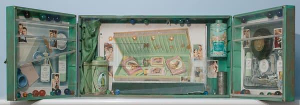 Perfumery vintage assemblage