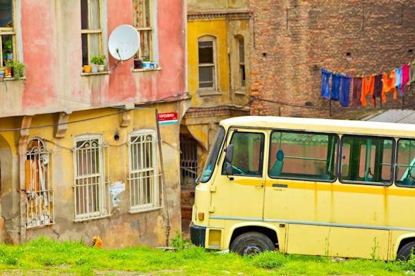 Istanbul Happy Yellow Bus | Urban Art Photography Print