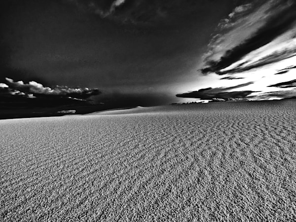 Calm Wind Desert   Black and White Landscape Photography