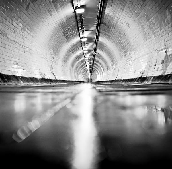 The Underground Down Low | Black and White London Photography