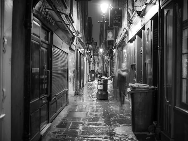 East London Alley | Black and White London Photography