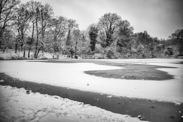 Snowy Hampstead Pond   Black and White London Photography