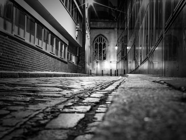 St. Dunstan Solitude   Black and White London Photography