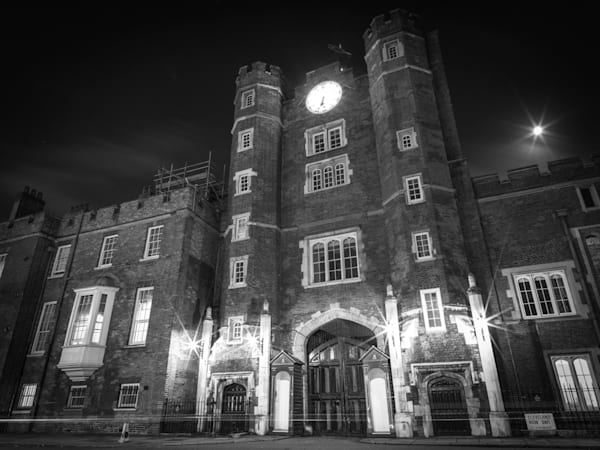 St. James Under a Full Moon | Black and White London Photography