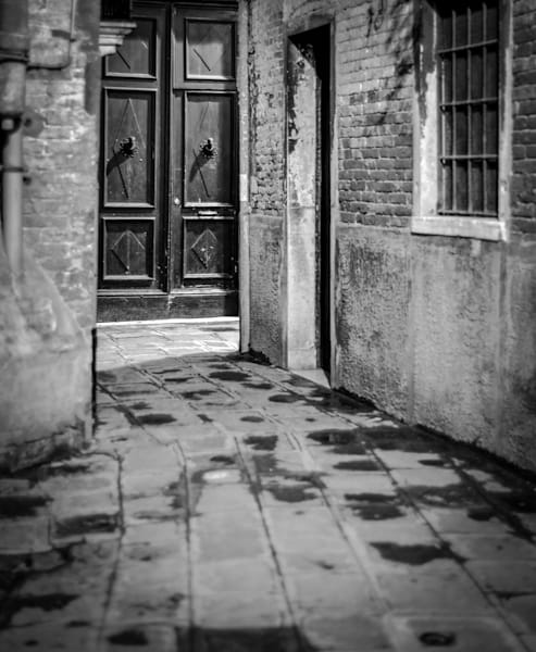 Venice Mystery Corner   Black and White Architecture Photography