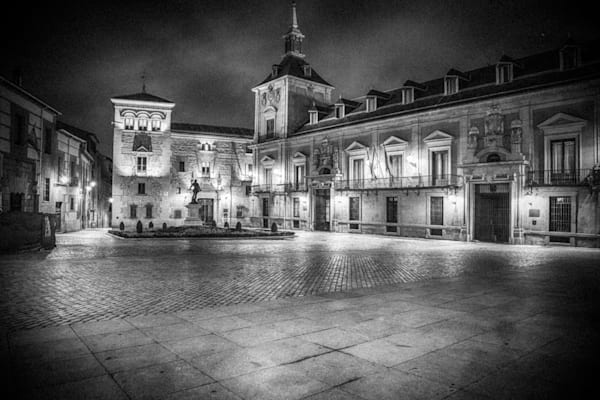 Madrid at Midnight | Black and White Architecture Photography