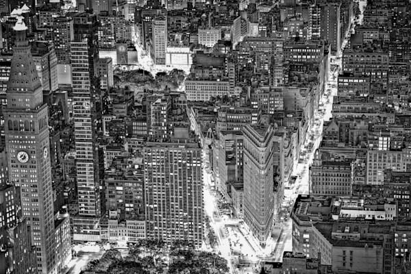 New York City Monotone | Black and White Architecture Photography