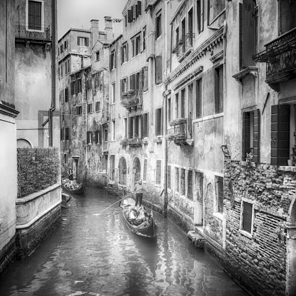 Venice Gondolier II | Black and White Architecture Photography