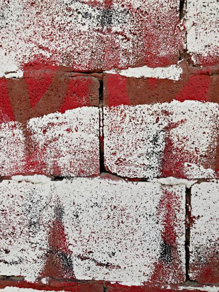 An Urban Vibe:  Crimson & White