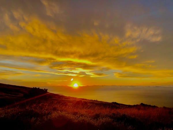 Kahikinui Sunrise 001