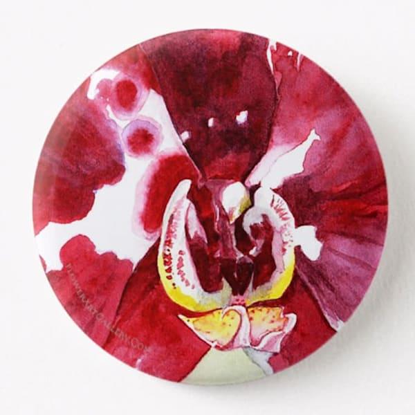 Magenta Phalaenopsis Button