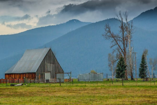 Barn Near Crater Lake