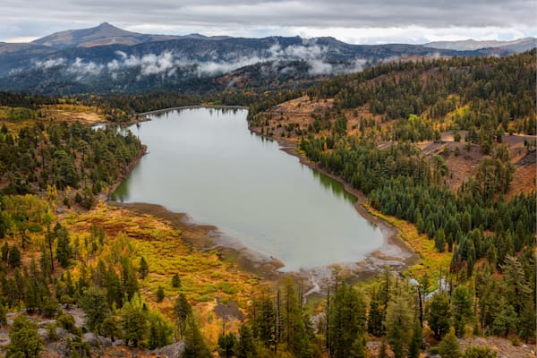 Autumn at Red Lake