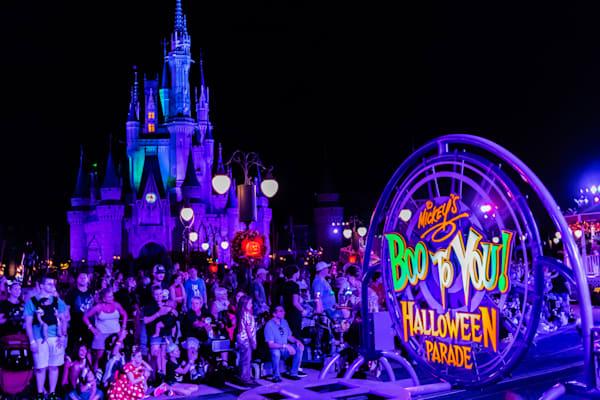 Mickey's Boo To You Halloween Parade - MNSSP Photos | William Drew
