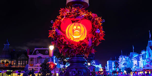 Halloween at Disney World - MNSSHP Photos | William Drew